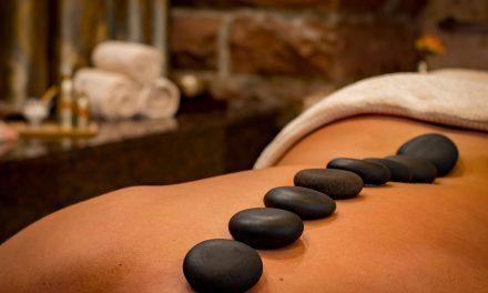 Douleurs dorsales et hémorroïdes : Quelle relation ?